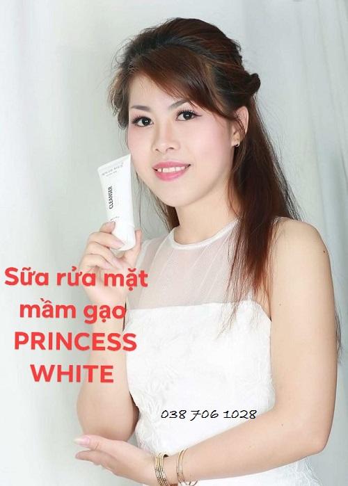 mua sửa rửa mặt mầm gạo princess white có tốt không